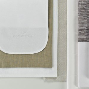 in-flight meal service textiles